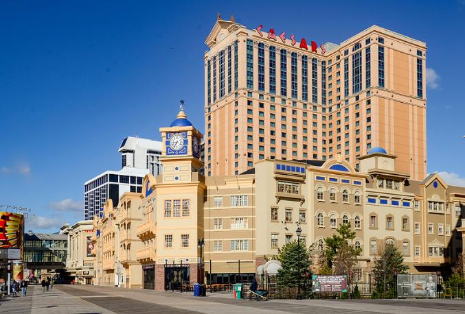 Feeling Flush: Where's Best To Enjoy Casino Glitz and Glamor?