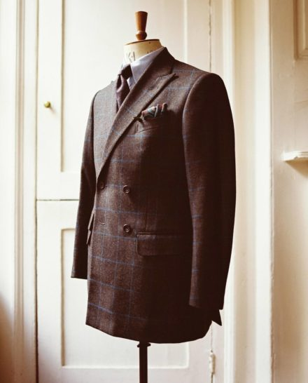 Top Tips to Remember when Ordering Your Very Own Bespoke Suit