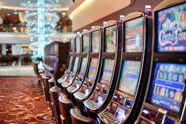 Early Adopters: Online Gambling Shows the Tech Way Forward