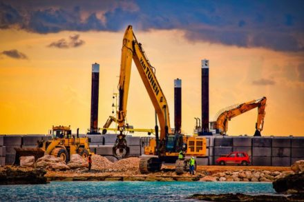 Essential Considerations for Construction Equipment Rental