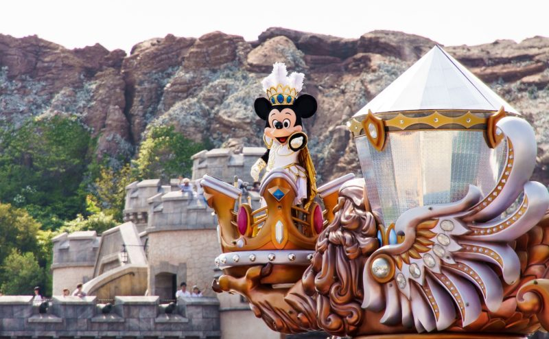 The Top 5 Most Popular Amusement Parks in The World