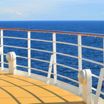 5 Reasons to go on a world cruise