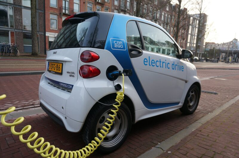 Top 3 things to look for when buying an electric car